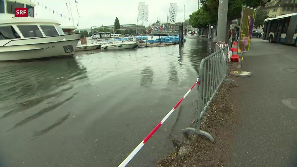 Luzern: Schwanenplatz kurz vor der Überflutung (16.07)