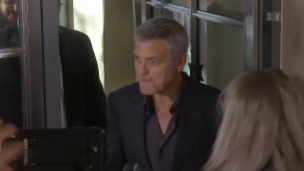 Video «Clooney sorgt sich um Herzogin Meghan» abspielen