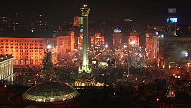 Video «Tausende demonstrieren in Kiew» abspielen