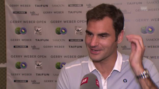 Video «Federer: «Am meisten freuen sich die Kinder über die Trophäe»» abspielen