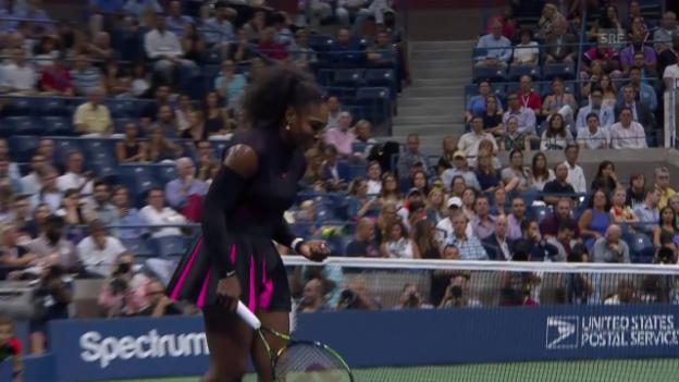 Video «Serena Williams knackt Rekordmarke» abspielen
