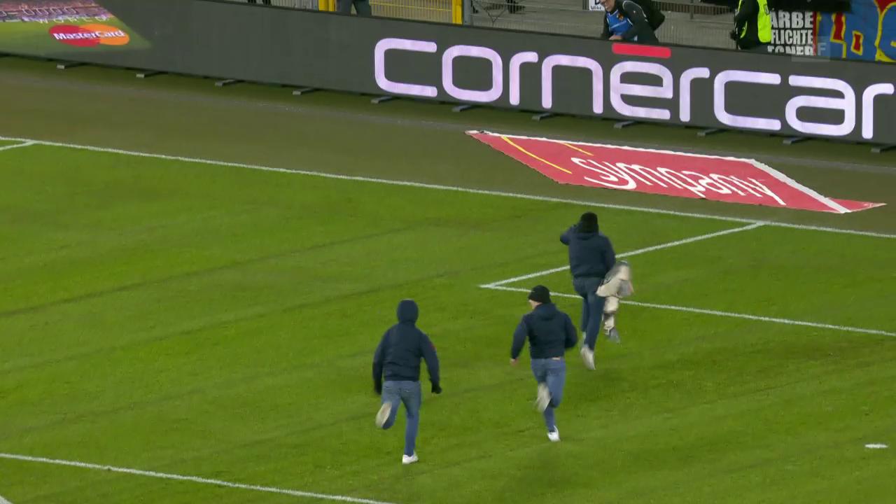 FCB-Fans klauen Sion-Fahne