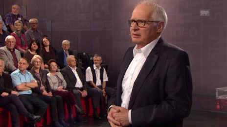Video «Das Publikum im Dialog mit SRF-Direktor Ruedi Matter» abspielen