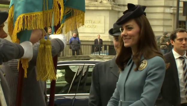 Video «Herzogin Catherine beim 75-Jahr-Jubiläum der Flugkadetten» abspielen