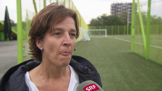 Video «Hänni: «Der Frauenfussball hat im Verband immer noch ein Schattendasein»» abspielen