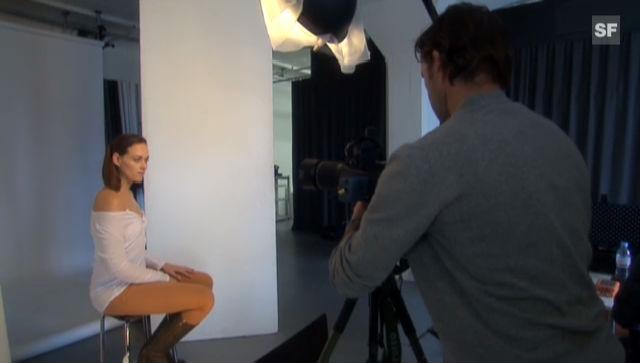 Tanja Gutmann beim Fotoshooting mit ihrem Freund