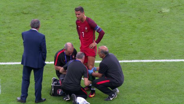 Video «Ronaldos Knie wird gepflegt» abspielen