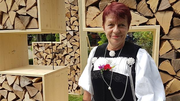 Marianne Feldmann und ihre Berner Sonntagstracht