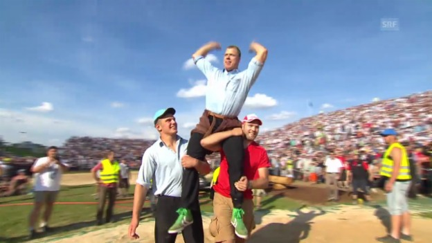 Video «Kilchberger Schwinget: Schlussgang Sempach - Laimbacher» abspielen