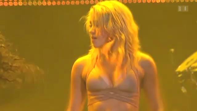 Shakira im Mutterglück