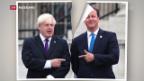 Video «Duell Cameron gegen Johnson» abspielen
