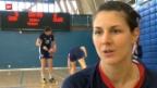 Video «Olympiatraum Handball – für eine Schweizerin dank britischem Pass bald wahr» abspielen