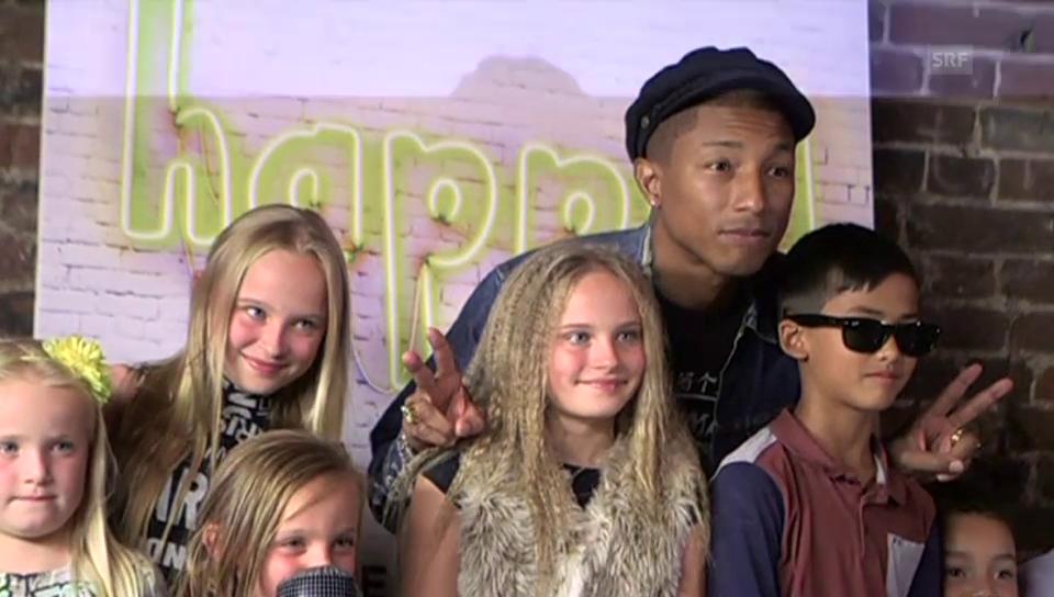 Pharrell Williams lässt sich von Kindern interviewen