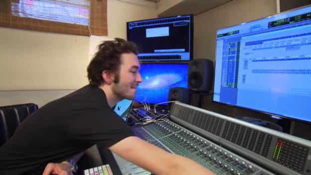 Video «Zwei Tage Arbeit für... den Baze» abspielen