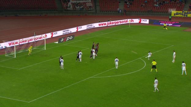 Video «FCZ-Buff zirkelt Freistoss herrlich in die Maschen» abspielen