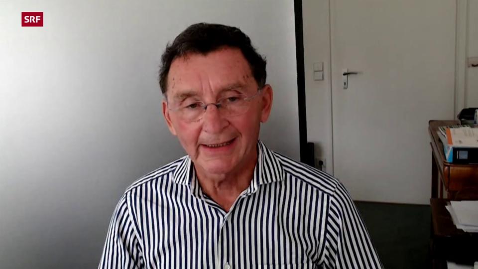 Klaus Haase-Aschoff, Laborleiter: «Wir haben Säfte gefunden, die kein Aroma enthalten, jedenfalls nicht das Aroma, das wieder hinzugefügt werden müsste.»