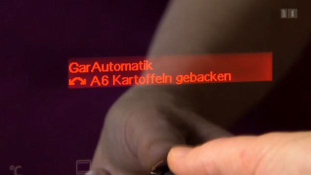 Video «Vollautomatischer Backofen: Nicht ganz gebacken!» abspielen