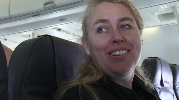 Video «180 Flüge pro Jahr» abspielen