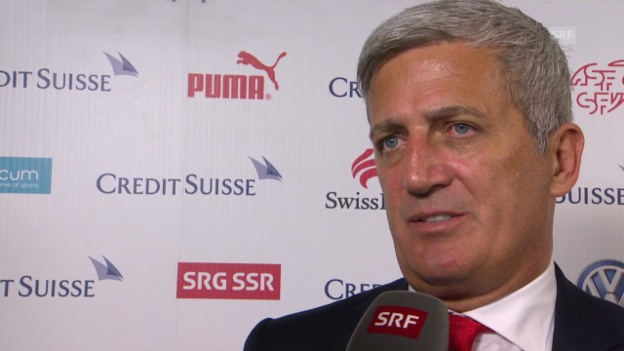 Video «FUSSBALL: Vladimir Petkovic im Interview» abspielen