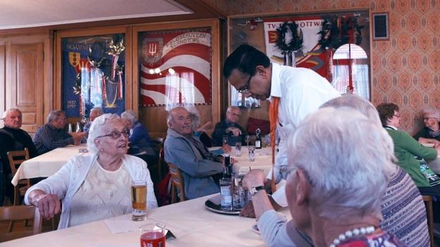 Video «Blickwechsel: Curry statt Cordon bleu (Folge 4)» abspielen