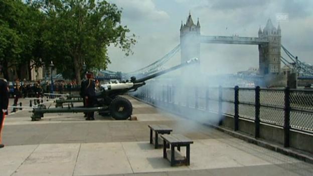 Video «62 Böllerschüsse beim Tower of London» abspielen