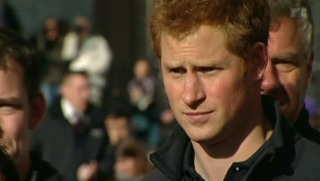 Video «Pech hoch zwei: Prinz Harry und König Juan Carlos läufts nicht» abspielen