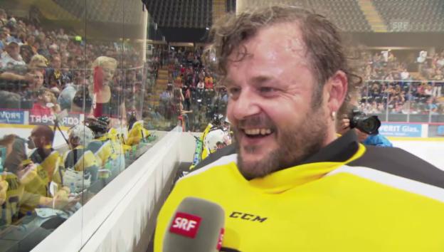 Video «Ausschnitte aus dem Interview mit Büne Huber» abspielen