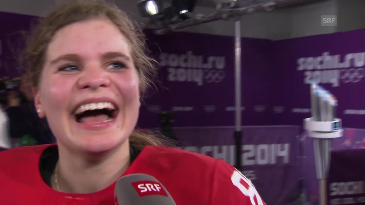 Sotschi: Eishockey, Frauen-Nati, Interview mit Phoebe Staenz