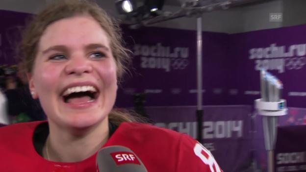 Video «Sotschi: Eishockey, Frauen-Nati, Interview mit Phoebe Staenz» abspielen