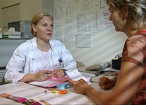 Das Geschäft mit der Pille: Pharmaindustrie schröpft Frauen