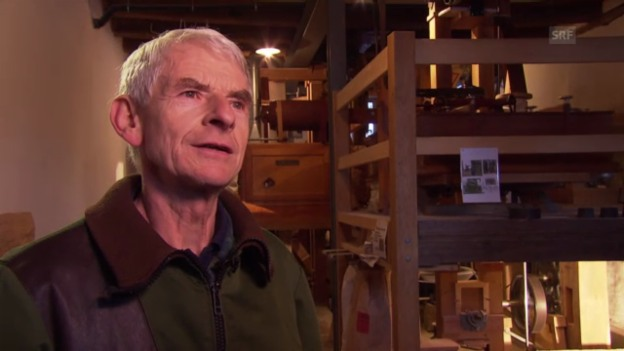 Video «Toni Amrein, Mitglied des Vereins Pro Aumüli, zur Wiederbelebung der Mühle» abspielen