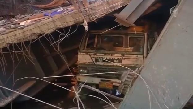 Video «Rettungsarbeiten in Kalkutta (unk.)» abspielen