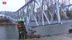 Video «Armee baut Brücke fürs Eidgenössische in Burgdorf» abspielen