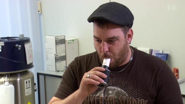 Video «Nichtrauchen - Wie verändert sich der Körper nach einem Jahr?» abspielen
