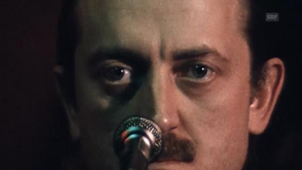 Video «Auftritt mit seiner Punk-Rock-Band Myer and the wall» abspielen