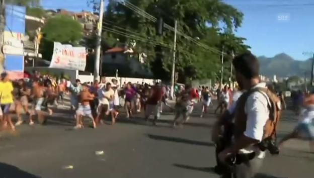 Video «Chaos in der Favela – und der Wunsch nach Frieden» abspielen