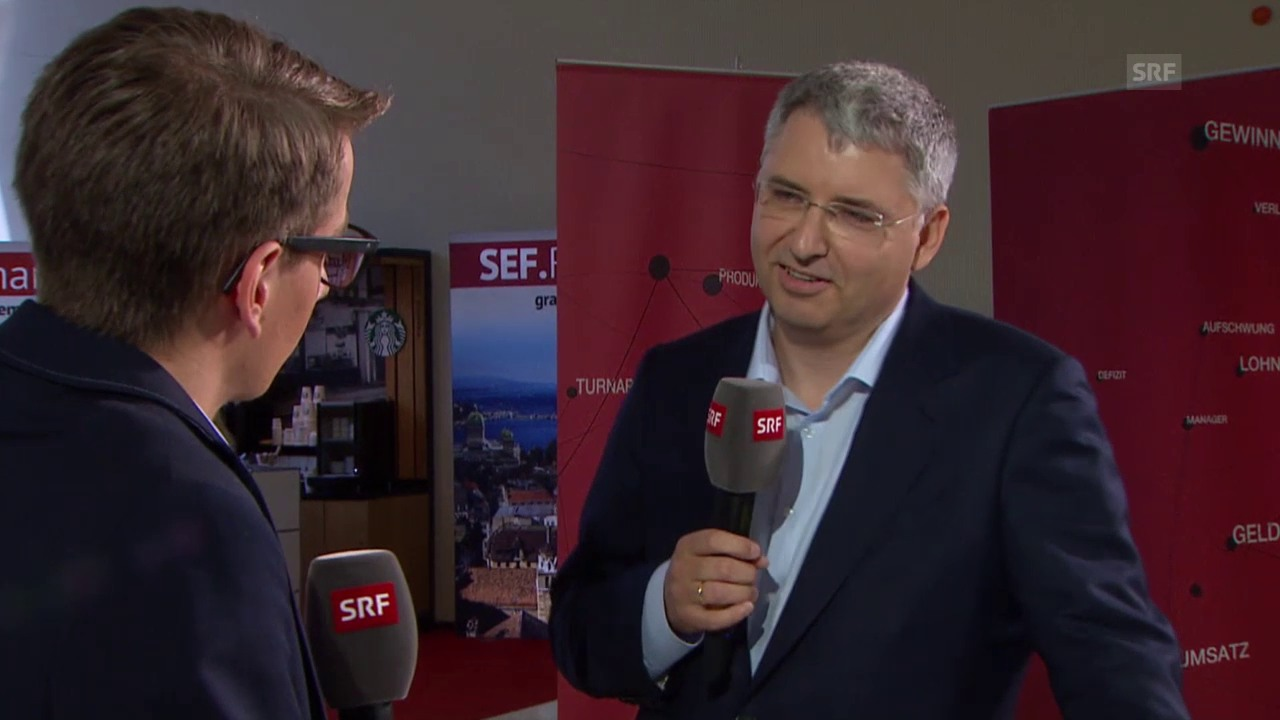 Pascal Scheiber interviewt Roche-Chef Severin Schwan