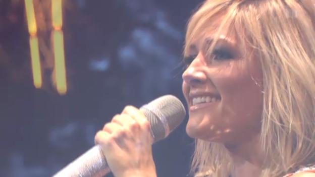 Video «Helene Fischer - Für einen Tag - LIVE 2012» abspielen