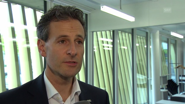Video «FCL-Präsident Studhalter zu Babbel» abspielen