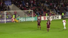 Video «Dzemaili mit einem Penalty in den Nachthimmel von Riga» abspielen
