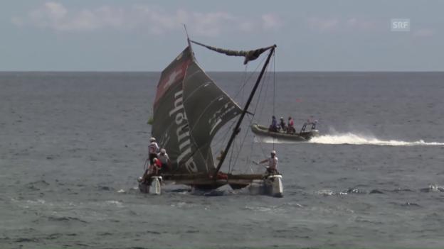 Video «Alinghi von Konkurrent gerammt: Mastbruch» abspielen