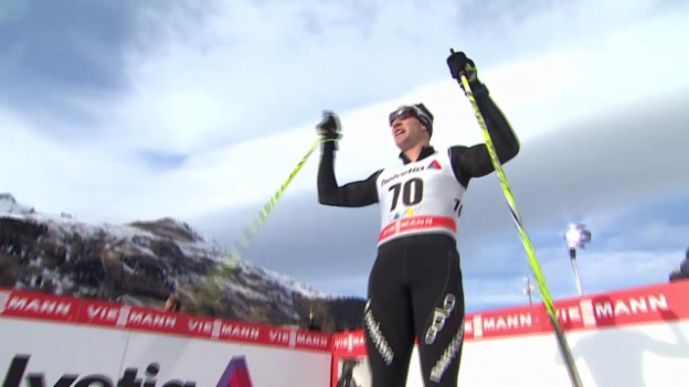 Video «Langlauf: 15 km klassisch Davos, Zieleinlauf Cologna» abspielen