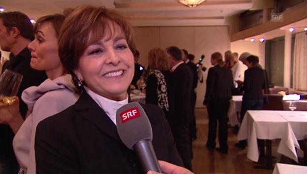 Video «Paola Felix zeigt sich am «Prix du Champagne»» abspielen