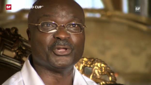Video «Fussball: Kameruns Legende Roger Milla» abspielen