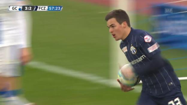Video «Bua verkürzt auf 2:3 für den FCZ im Derby gegen GC» abspielen