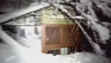 Video «Lawine verschüttet Hotel» abspielen
