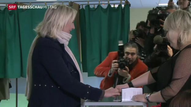 Video «Front national als grosse Favoritin bei den Regionalwahlen» abspielen