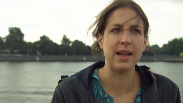 Video «Laura de Weck zur Sprache, die uns Orientierung geben soll» abspielen
