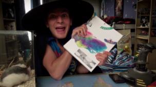 Video ««Oli Mega Vlog» (11): Zaubershow» abspielen