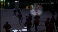 Link öffnet eine Lightbox. Video Stadtpolizei Zürich veröffentlicht brutales Video abspielen